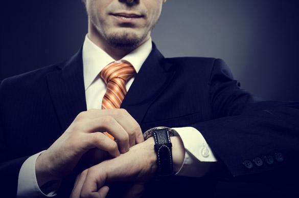 подходящият ръчен часовник показва стил и изисканост на вашият абитуриентски бал
