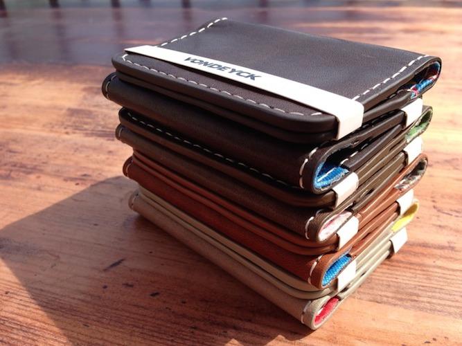 дизайнерски мъжки портфейли на ниски цени в интернет