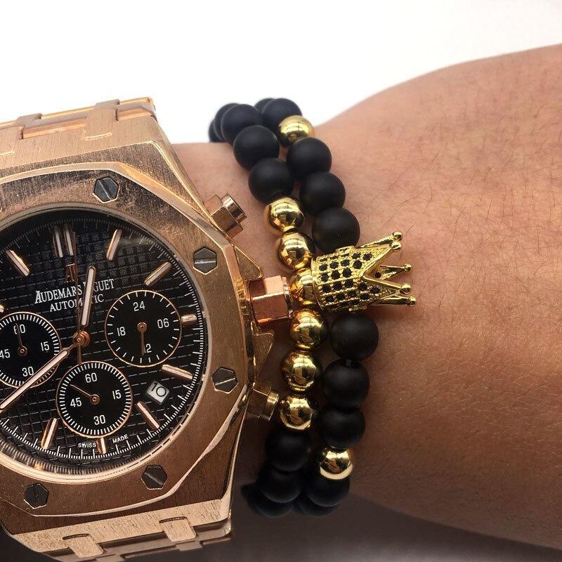 гривна с естествени камъни и часовник