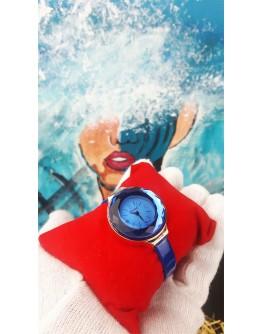 Деликатен и елегантен дамски часовник