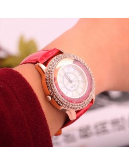 Дамски часовник- червен или черен